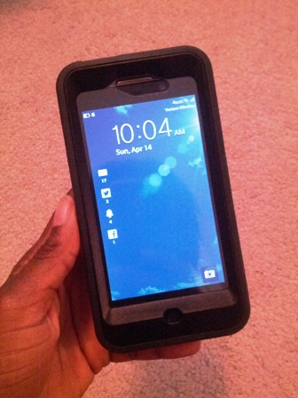 Blackberry z10 in Otterbox Defender case